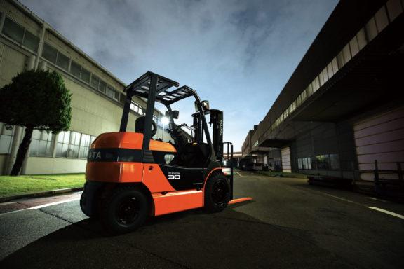 Segurança - 8FBJ 1.0 a 3.5 toneladas